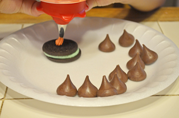 Witches Hats by Kids for Kids by 3GLOL.net
