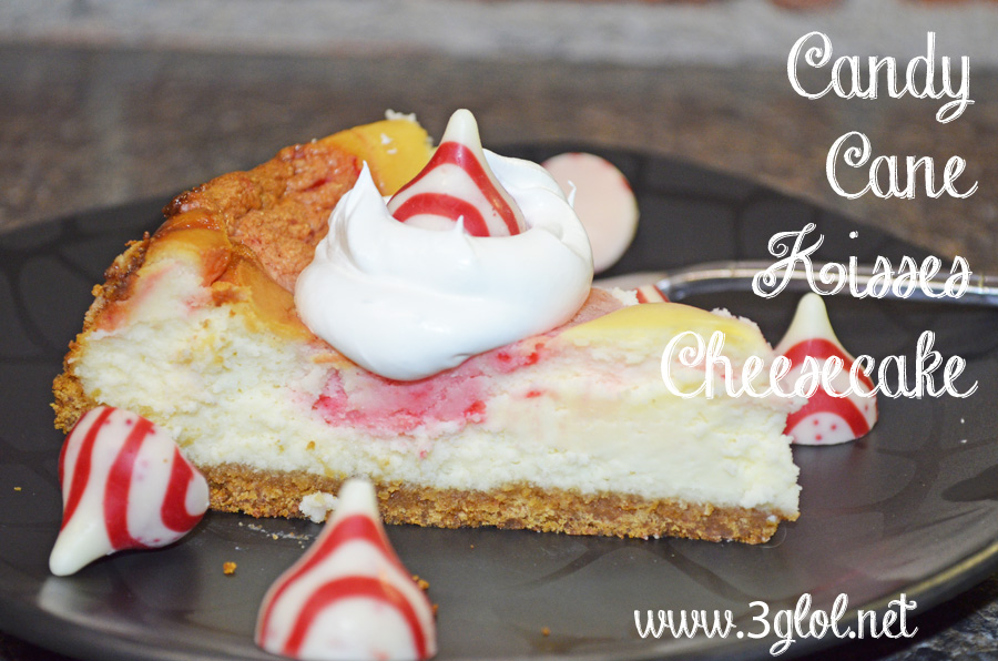 Candy Cane Kisses Cheesecake by 3GLOL.net