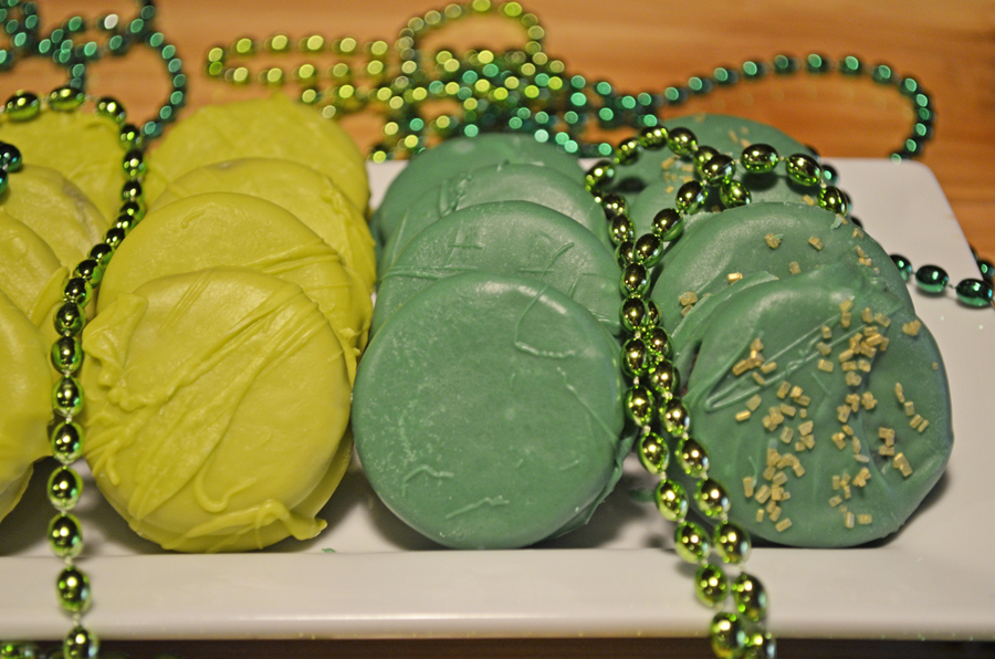 St Patricks Candy Dipped Oreos by 3glol.net