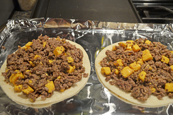 Cheeseburger Tostadas by 3glol.net