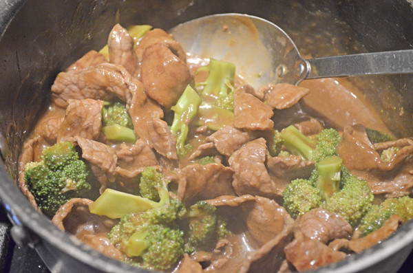 Beef and Broccoli over Angel Hair Pasta by 3glol.net